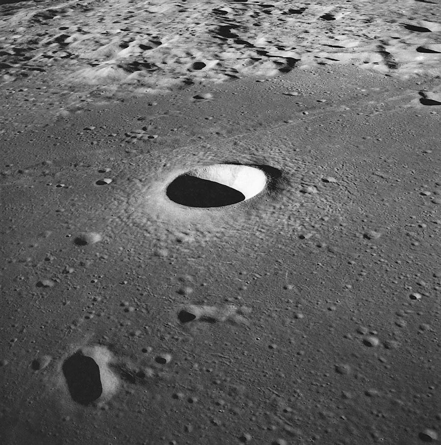 Moltke Krateri