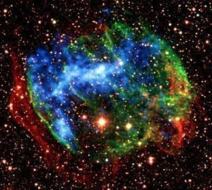 Süpernova'dan Yayılan 'Fosil' Ateş Topları