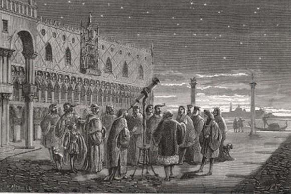 Galileo (1564 – 1642) insanlara Aziz Mark meydanında gökyüzünü gözlemleyebilmeleri için teleskopunun nasıl kullanılacağını gösterirdi.