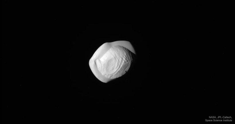 Pan1_Cassini_1280