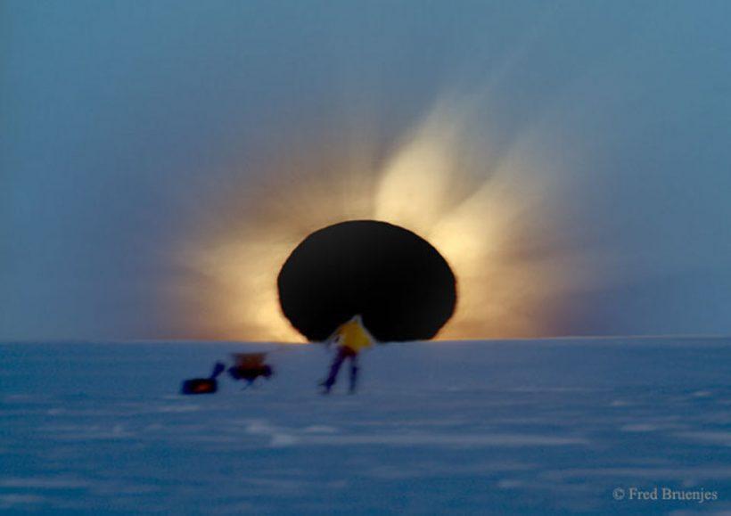 AntarcticEclipse_bruenjes_960